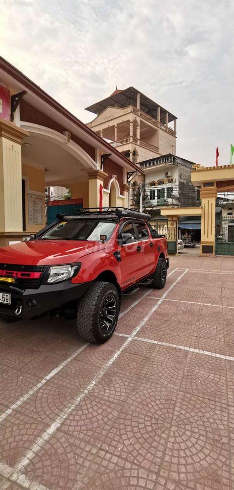 Ford Ranger Wildtrak 3.2 4x4 AT lên Full Đồ