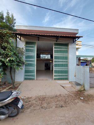Bán nhà ở cầu sông ngang phường Nhơn Phú 980tr