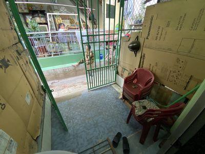Nhà nhỏ gọn cho vợ chồng trẻ cách chợ 150m.