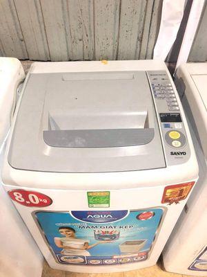 Cần bán máy giặt Sanyo8kg mới long lanh
