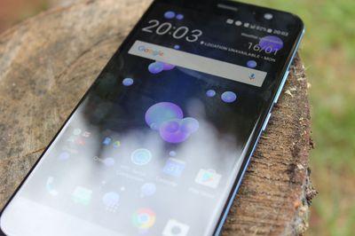 U11 Quốc Tế |1 sim 2 sim |(64GB/4GB) 99% Android 9