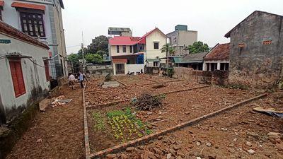 Cần Bán mảnh đất tại Xã Phụng Châu gần chợ Phượng