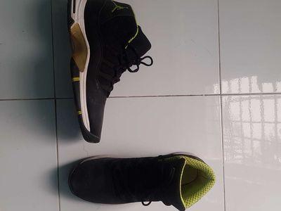 Giày bóng rổ ráp đế size 46 form Jordan 11