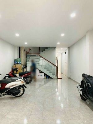 Phá sản bán nhà Bến Vân Đồn,Q4- 47m²- 1,24 tỷ- 1L
