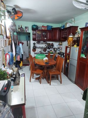 Chính Chủ bán Nhà 1Triệt 1Lửng ngay Vincom Gò Vấp