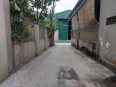 Đất sổ đỏ 45m2(3,5×12,8)Thị trấn Phùng, Huyện Đan