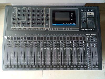 Mixer Soundcraft Si Impact 32-Channel Digital