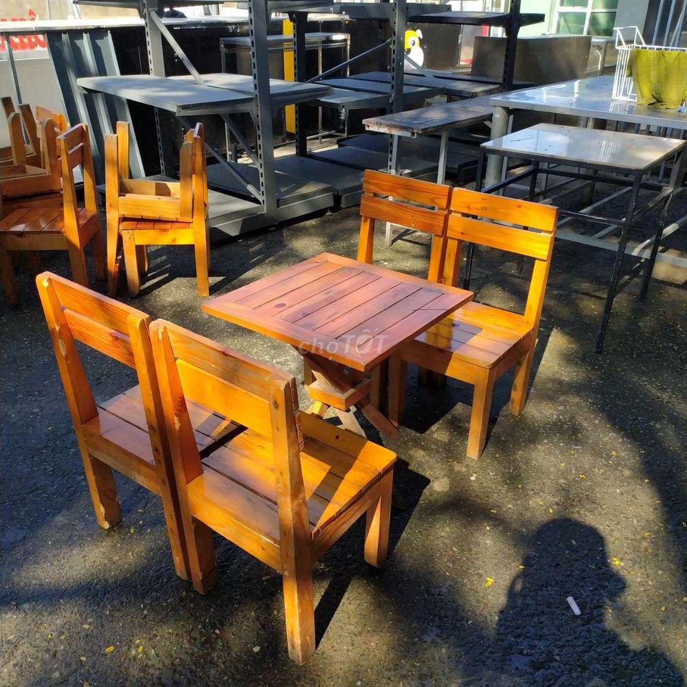 Thanh lý 7 bộ bàn ghế quán nhậu mới dùng