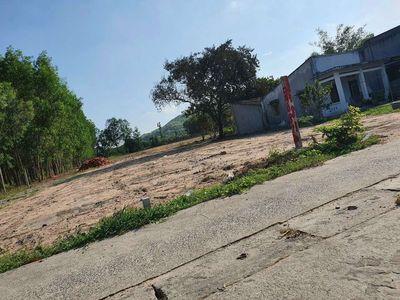 Bán lô đất 10x27 mặt tiền Tam Phước, 1.25tỷ.
