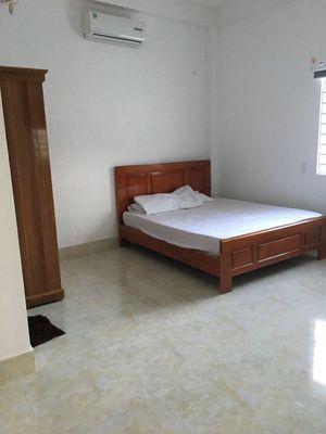 Cho thuê một phòng riêng biệt , lối đi riêng