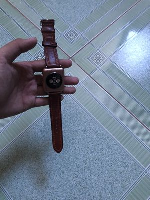 Lên đời nên cần bán apple watch series 3 42mm hồng