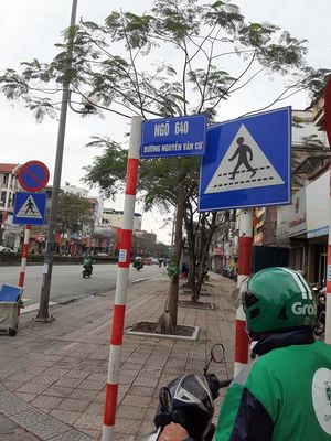Bán đất Ngõ 640/110 Nguyễn Văn Cừ  2.35 tỷ