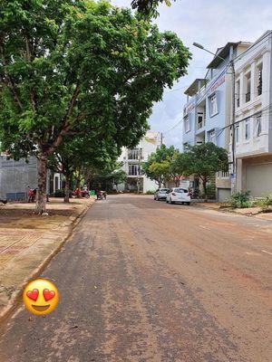 Nhà mặt tiền Lê Trọng Tấn - Metro