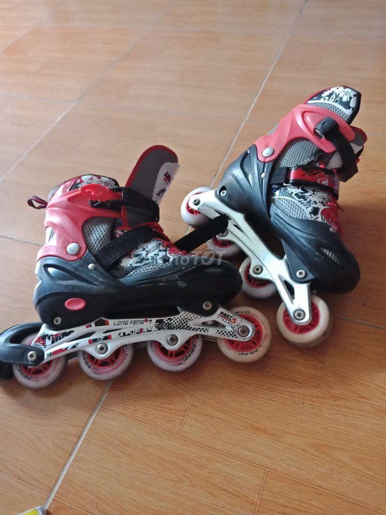 Giày trượt patin  bé