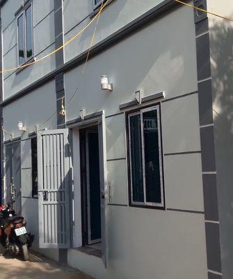nhà ĐÔNG DƯ giáp CỰ KHỐI cạnh cầu Thanh Trì