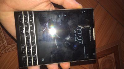 Blackberry Pasport bị lỗi sim