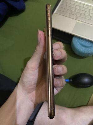 XSmax gold lock 256gb còn face zin có trầy nhẹ