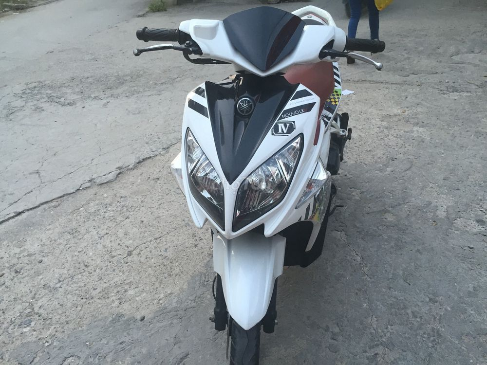 Nouvo LX 135 màu trắng tem caro-212