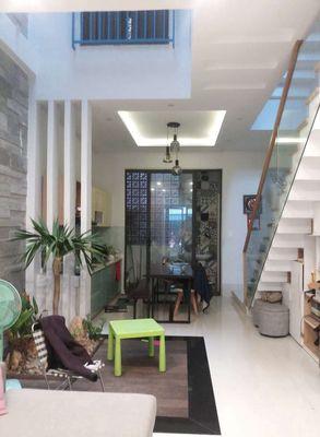Bán nhà đẹp 3 tầng MT Nguyễn Văn Tố,Thuận Phước,HC