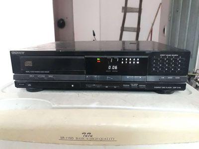 Đầu CD SONY V715, nguyên bản chạy ngon,đọc đĩa tốt