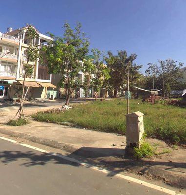 bán gấp đất Lương Định Của, Q2 gần UBND, chợ, TTTM