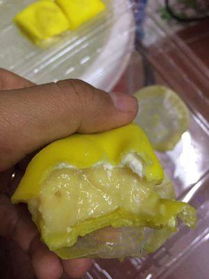 Bánh crepe sầu riêng mix ngũ vị