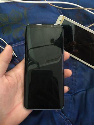 Samsung s8 không một lỗi nhỏ, màn bị đốm nhỏ ở góc