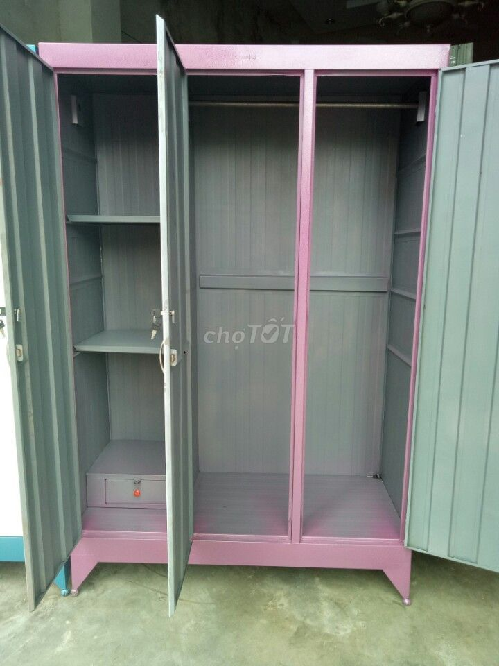 tủ sắt gia đình đựng quần áo ngang 1m2_NEW