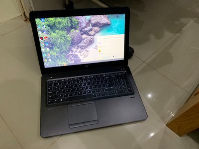 Laptop HP ZBook Intel Core i5 8 GB 256 GB