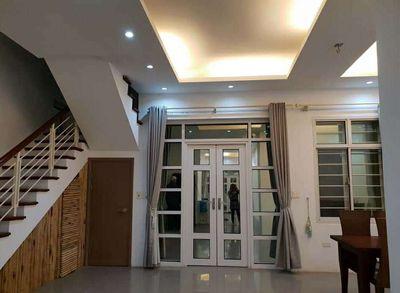Cần bán gấp nhà tại Đăng Thai Mai, Dt 230m2