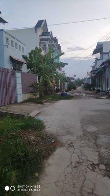 Bán nhà mái thái đường F5, KDC 3A, Ninh Kiều