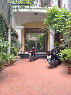 Bán Biệt Thự Nhà Vườn tại Thổ Quan, 150x4 Tầng