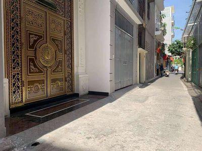 Bán nhà Nguyễn Sơn oto đỗ cửa, nội thất tiền tỷ