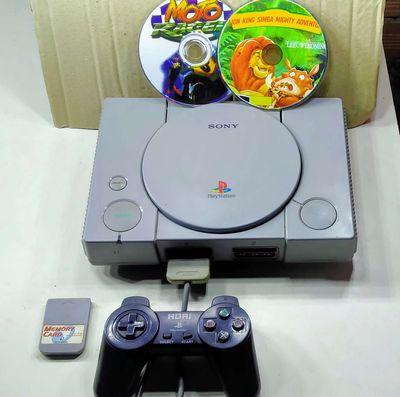 Máy chơi game PS1 còn sử dụng tốt