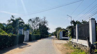 Mặt tiền đường Nguyễn Hữu Huân trung tâm - TT Đất