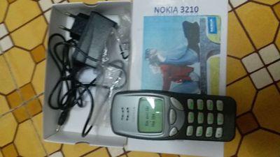 Nokia xưa 3210 sưu tầm