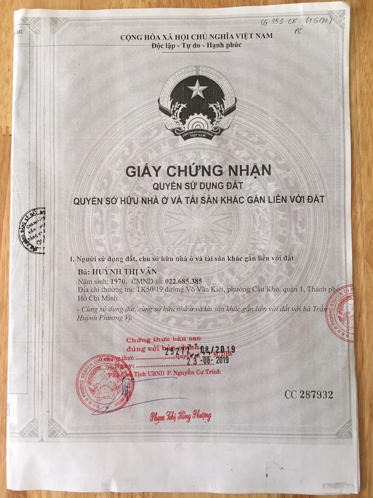 Nhà 1 trệt 1 lững đường Võ Văn Kiệt, quận 1