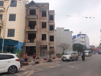 Nhà 4 tầng, 92,3m2 4  khu BTLK Lộc Ninh