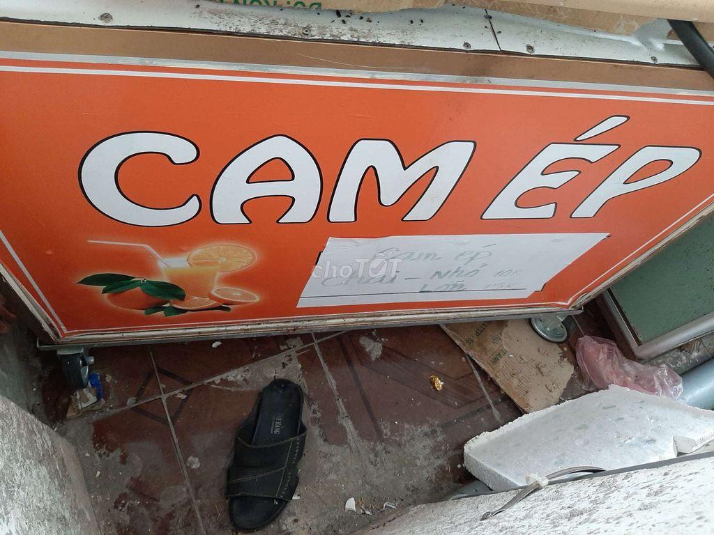 Tủ bán cam ép + thùng đá