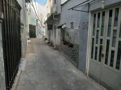 Bán nhà gần mặt tiền đg Võ Trường toản