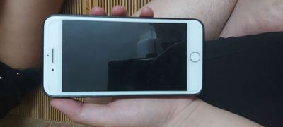Apple iPhone 7 plus Vàng 128 GB mới 99%