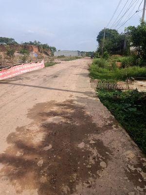 Đất Suối Cam Đồng Xoài 173m2 giá 720 triệu