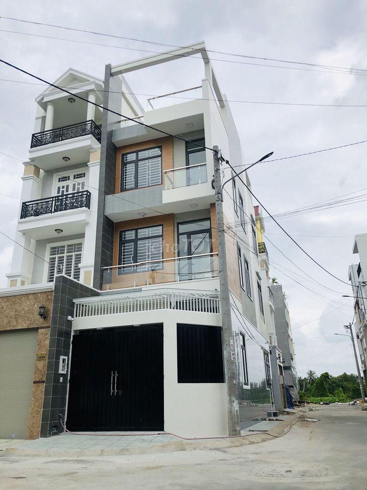 Nhà 3 Lầu Góc 2MT Sổ Hồng, MT10m Tại Phạm Văn Đồng