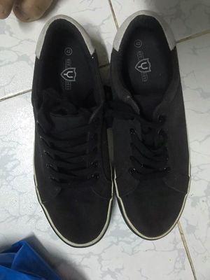 Thanh lý 3 đôi giày nam size 42 hàng chính hãng