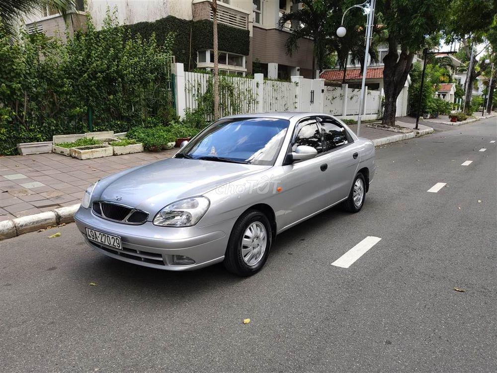 Daewoo Nubira IIs màu ghi bạc rất mới 2003