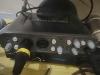 Sound card thu âm m audio fasttrackpro