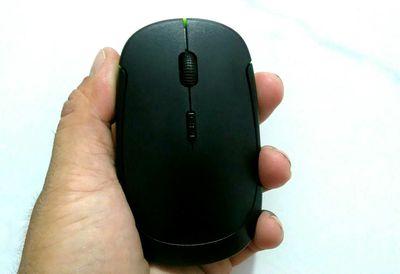 Chuột không dây siêu mỏng kèm pin mới 100%