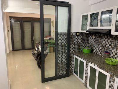 Thanh Lý nhà 1 trệt 2 lầu, 42m2, P12, Phú Nhuận