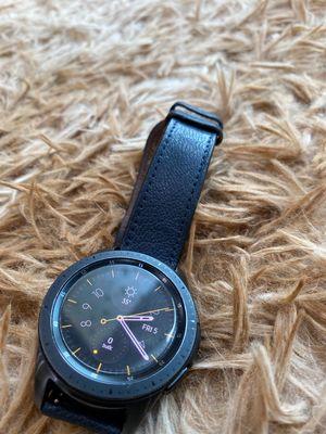 Mình cần pass galaxy watch 42mm