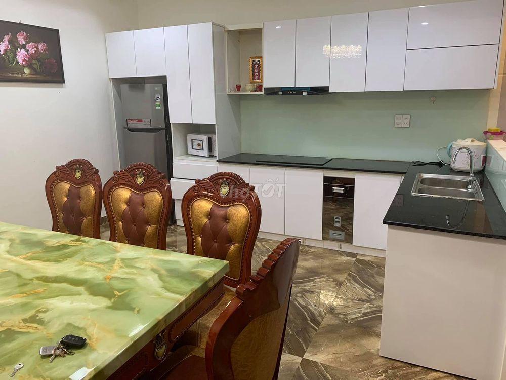 Tôi cần bán nhà 4 tầng Nguyễn Sơn - Quận Hải Châu